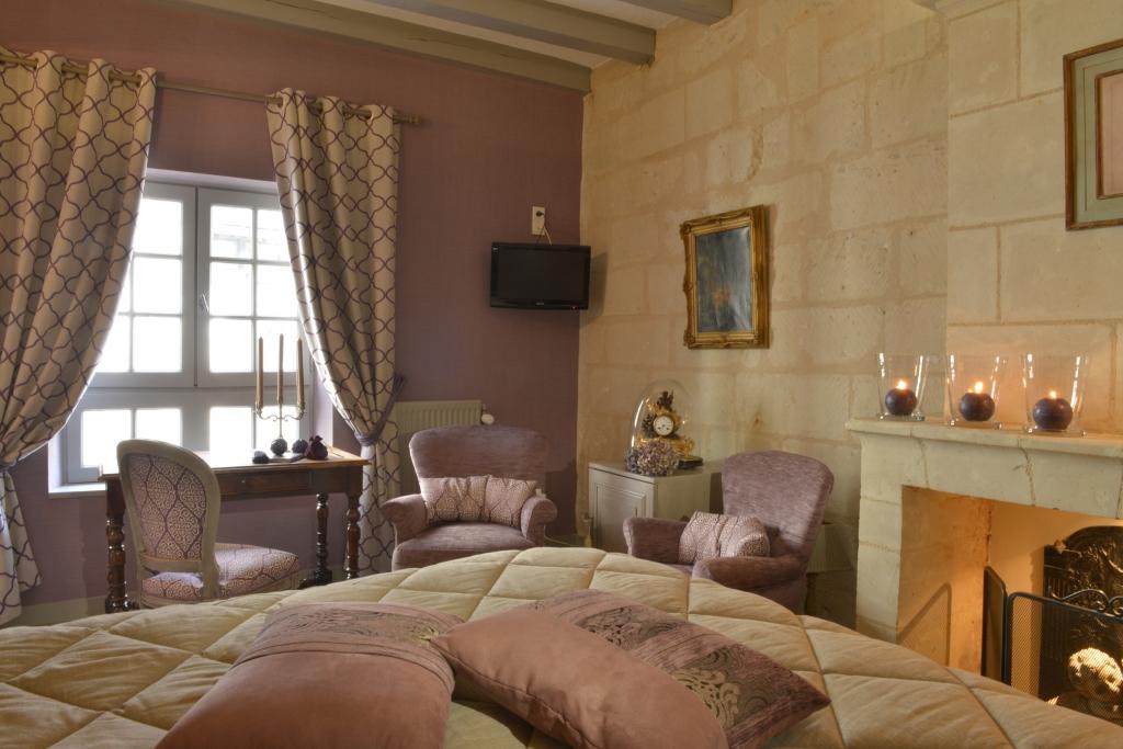 chambre deluxe h tel saint pierre 4 toiles saumur france. Black Bedroom Furniture Sets. Home Design Ideas